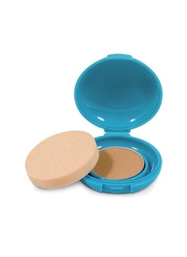 Shiseido Shiseido SPF 30 Korumalı Suya Ve Tere Dayanıklı Tüm Ciltler İÇin Pudra Fondöten Medium Güneş Ürünü Renksiz